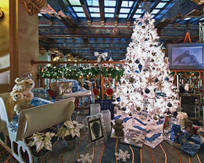 This Year S Christmas Tree Elegance Will Be Held At The Davenport Hotel And River Park Square From Tuesday November 27 To Sunday December 9